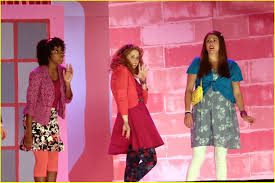 reese witherspoon approves of snl u0027s u0027legally blonde u0027 skit photo