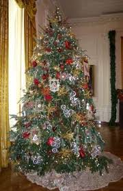 White House Christmas Decorations On Tv by White House Christmas Through The Years A Presidential Photo