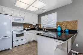 Kitchen Cabinets Concord Ca 5101 Garaventa Dr Concord Ca 94521 Mls 40785812 Movoto Com