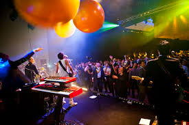 we help you find original staff christmas party ideas in brussels