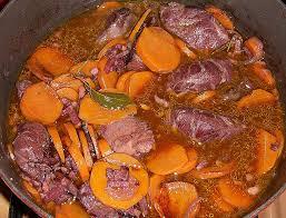 cuisiner la joue de porc cuisiner la joue de porc joues de porc en fricassee au vin