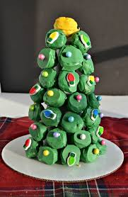 make an edible holiday centerpiece with oreo cookie balls hezzi