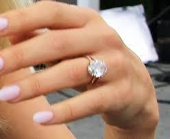 julianne hough engagement ring julianne hough gives away fitbits in alchimia di ballin eryn sandals