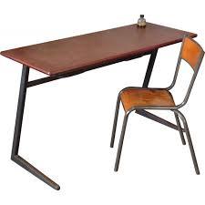 chaise mullca bureau d écolier et sa chaise mullca en métal et bois 1960