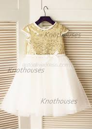 a line v neck ivory lace chiffon wedding dress with v back