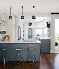 beach house kitchen design best 25 beach house kitchens ideas on