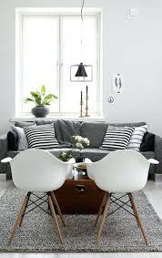 coussin sur canap gris canape deco deco nordique et tapis gris avec canapac gris et