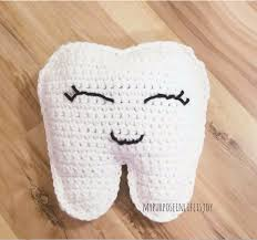 tooth fairy pillow free crochet pattern and step by step instructions