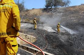 Wildfire Woodland Hills Ca by Some Evacuations Lifted Near Los Angeles County Wildfire Sfgate