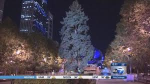 chicago begins search for 2016 official tree