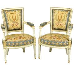 Types Of Antique Chairs How To Tell Real Antique Furniture From Reproductions Apartment