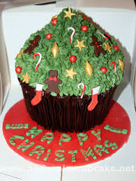 giant christmas tree cupcake by peeka85 on deviantart