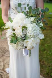 wedding flowers greenery boho chic bouquet greenery hydrangea peony