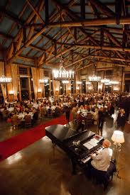 Yosemites Winter Hush Are You That Woman - The ahwahnee dining room