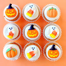 wilton halloween cake pans pumpkin spice mini cupcakes with cream cheese frosting