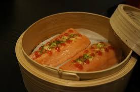 cuisine a la vapeur le de sam saumon au panier vapeur en bambou