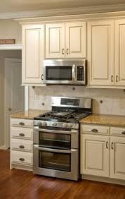 antique beige kitchen cabinets how to have a fantastic antique beige kitchen cabinets with minimal
