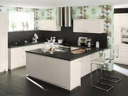modele cuisines cuisine contemporaine avec lot cuisines cuisiniste aviva modele de
