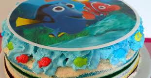 gateau d anniversaire herve cuisine un rainbow cake plus jamais et un gâteau d anniversaire némo