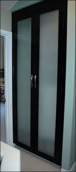 Frosted Closet Door Spruce Up Your Living Space With Frosted Glass Closet Doors Blogbeen