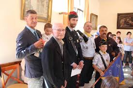 bureau des diplomes 8 cérémonie du 8 mai remise de 4 diplômes de porte drapeau