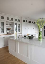kitchen cabinets with white quartz countertops 35 quartz kitchen countertops ideas with pros and cons