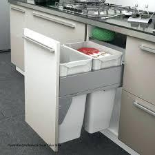 rangement poubelle cuisine with rangement sous vier cuisine fabulous petit meuble rangement of