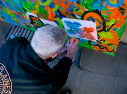 How To Graffiti With Spray Paint - granny does graffiti u0027 brings dementia patients street artists