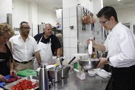 cuisine hopital des ateliers cuisine en guise de rééducation avec l hôpital de