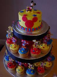 best 25 mickey mouse cupcakes ideas on pinterest mickey
