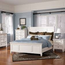 Bedroom Mirror Furniture by Best 25 Ashley Furniture Bedroom Sets Ideas On Pinterest