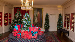 fashion designers create white house holiday decorations cbs news