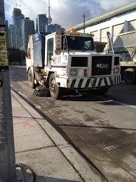 street sweeper howlingpixel