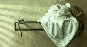 How To Wash Colored Towels - ways you ruin towels bath towel care mistakes