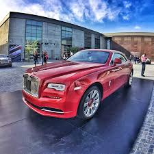 rolls royce dawn blue rolls royce dawn introduced to customers in qatar at exclusive