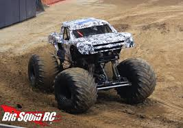 truck monster jam image monster trucks stadium super trucks st louis 5 jpg