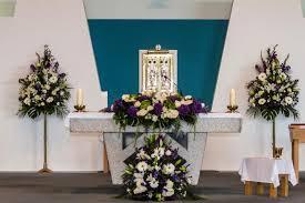 wedding flowers for church church flowers wedding flowers ireland o neills flowers ireland
