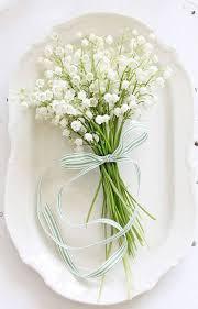 fleurs blanches mariage bouquet de fleurs blanches muguet 25 bouquets de fleurs blanches
