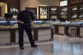 southpark black friday sapd 3 armed men dressed in black rob diamond store at south park