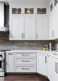 best handles for white kitchen cabinets pin on luxury kitchen designs