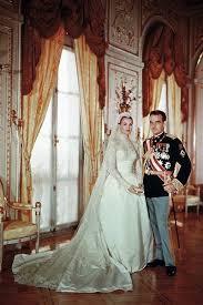 wedding dress miranda kerr miranda kerr s wedding dress was inspired by grace today