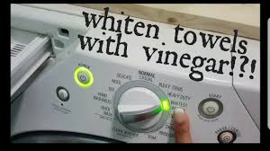 how to whiten towels and clothes without bleach using vinegar