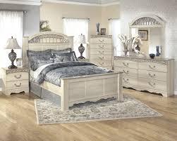 White 3 Piece Bedroom Set Catalina 7 Pc Bedroom 3 Pc Queen Poster Bed Dresser Mirror