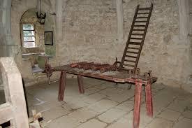 chambre des tortures images gratuites bois chalet château grille meubles vieil