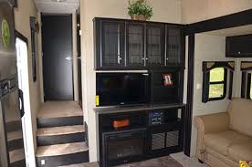 5th Wheel Living Room Up Front by Two Bedroom Rv Best Home Design Ideas Stylesyllabus Us