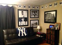 sports bedroom decor sports themed bedroom accessories football decor for bedroom large
