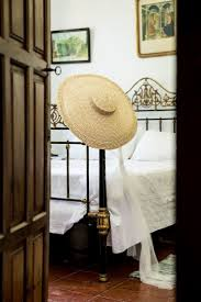 1529 best hats headpieces images on pinterest hats couchephoto 3 student bedroomphoto
