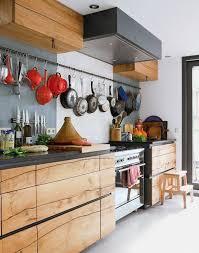 decoration mur cuisine 20 idées intéressantes de déco murale cuisine