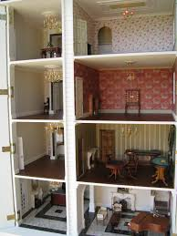dolls house hotel cross section can you see the lift