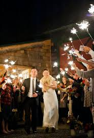 sparklers for weddings vip wedding sparklers wedding sparklers vs regular sparklers